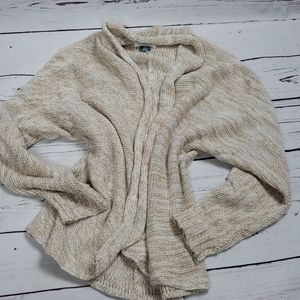 Old Navy size 7/8 cream knit sweater